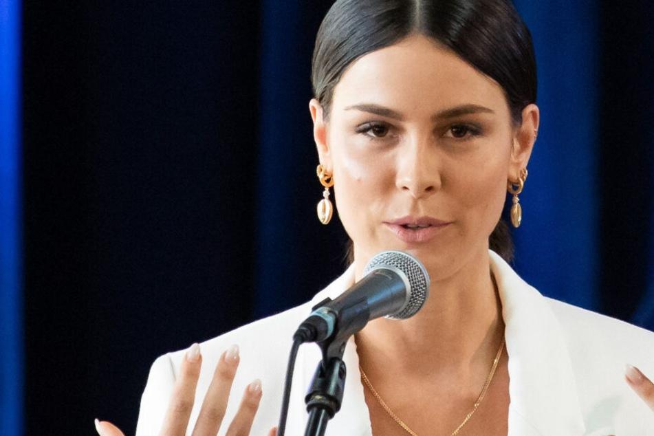 Insolvenz-Alarm bei ihrem Pleite-Papa: Klopft das Amt bei Lena Meyer-Landrut an?