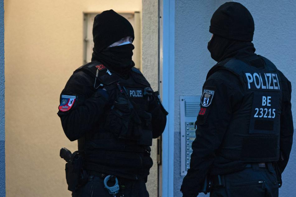 Großrazzia in Berlin und Brandenburg: Salafistische Vereinigung verboten!