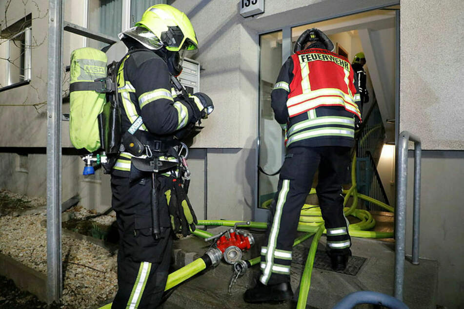 Chemnitz: Wohnungsbrand in Chemnitz: Bewohner wird zum Helden
