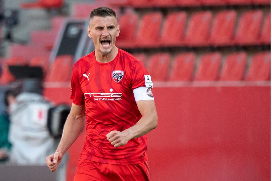 Stefan Kutschke und der FC Ingolstadt belegen den 4. Tabellenplatz. Doch auch die Schanzer können noch aufsteigen.