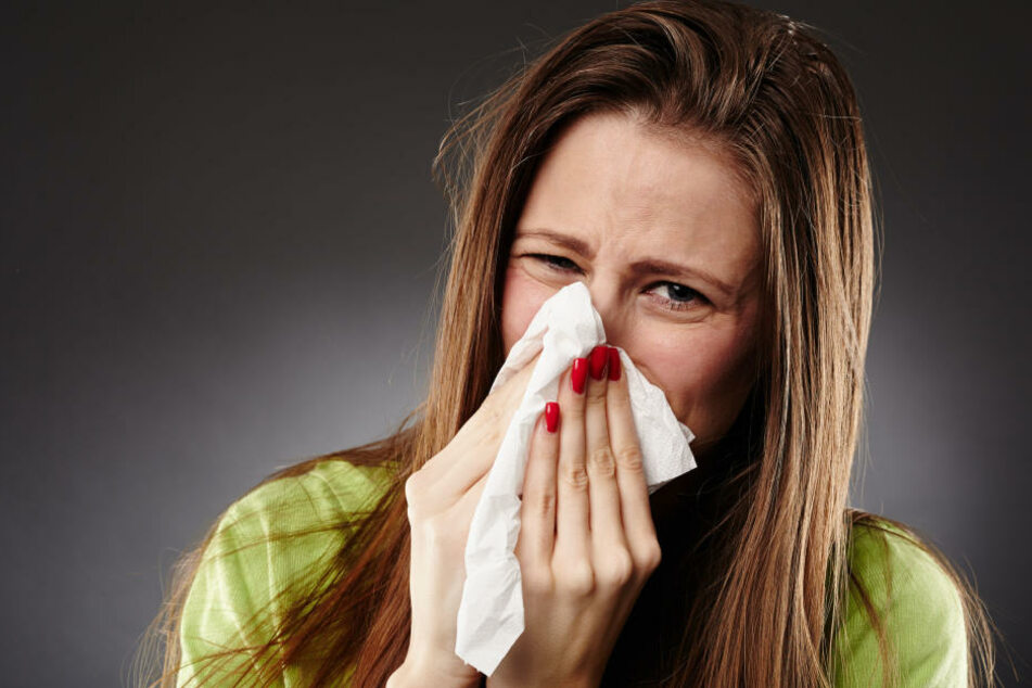 Die bisherige Zahl der Todesopfer aufgrund von Grippeerkrankungen fällt dennoch eher gering aus (Symbolbild).