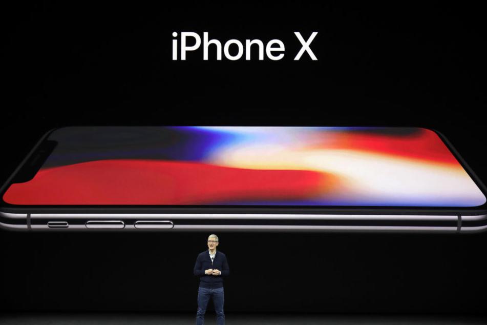 Das iPhone 8 wird fast randlos sein. Auch der Homebutton fällt weg.