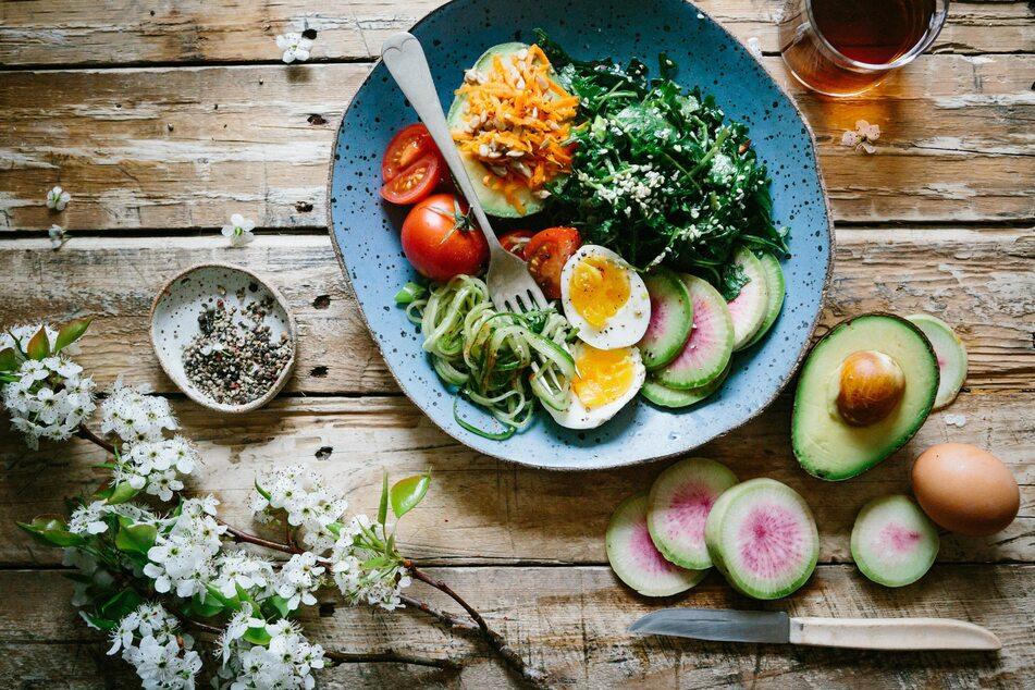 Tipps, Tricks und Rezepte für jeden Tag zum Thema Essen und Trinken findest Du im TAG24-Ratgeber. (Foto:  Unsplash/Brooke Lark)