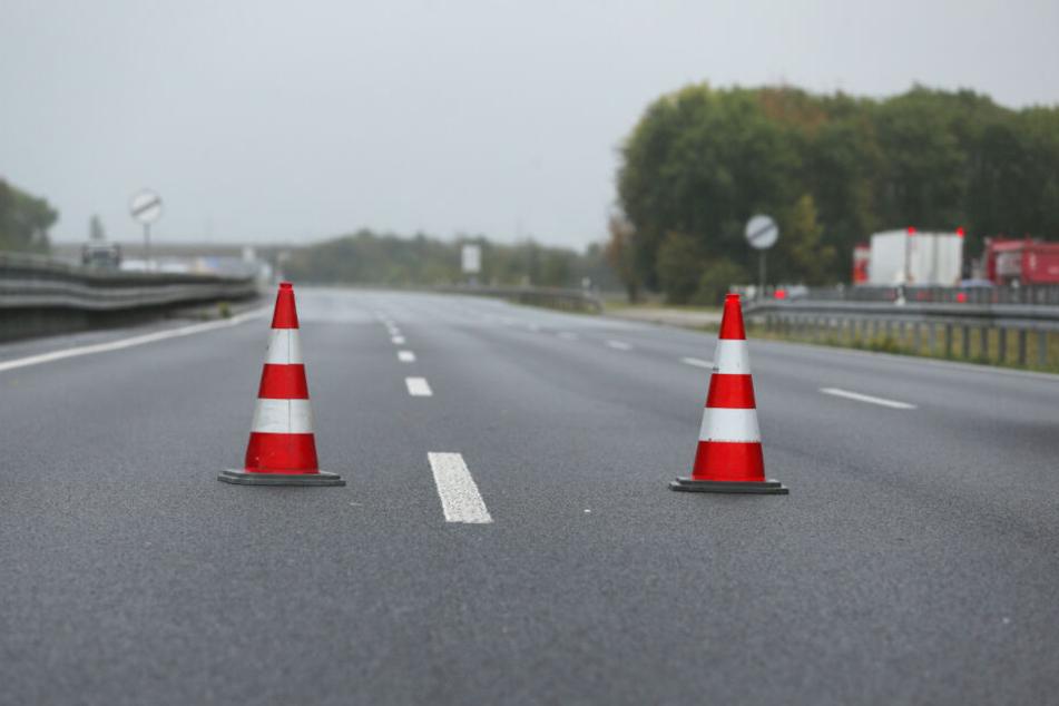 Die Autobahn wurde am Montagabend gesperrt. (Symbolbild)