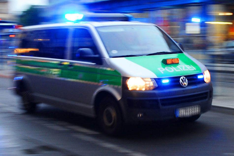 Polizeibeamte ließen den rabiaten Ladendieb nach Beendingung der polizeilichen Maßnahmen gehen. (Symbolbild)