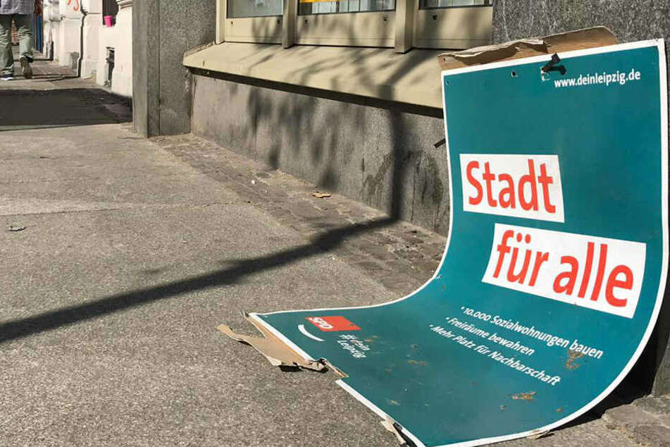 Zerstörte Plakate: Leipziger SPD regt sich über Linken-Anhänger auf
