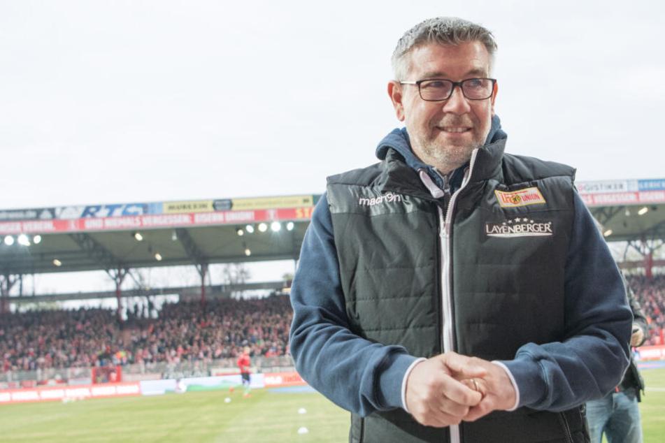 Unions Trainer Urs Fischer will auch in Darmstadt dreifach punkten.
