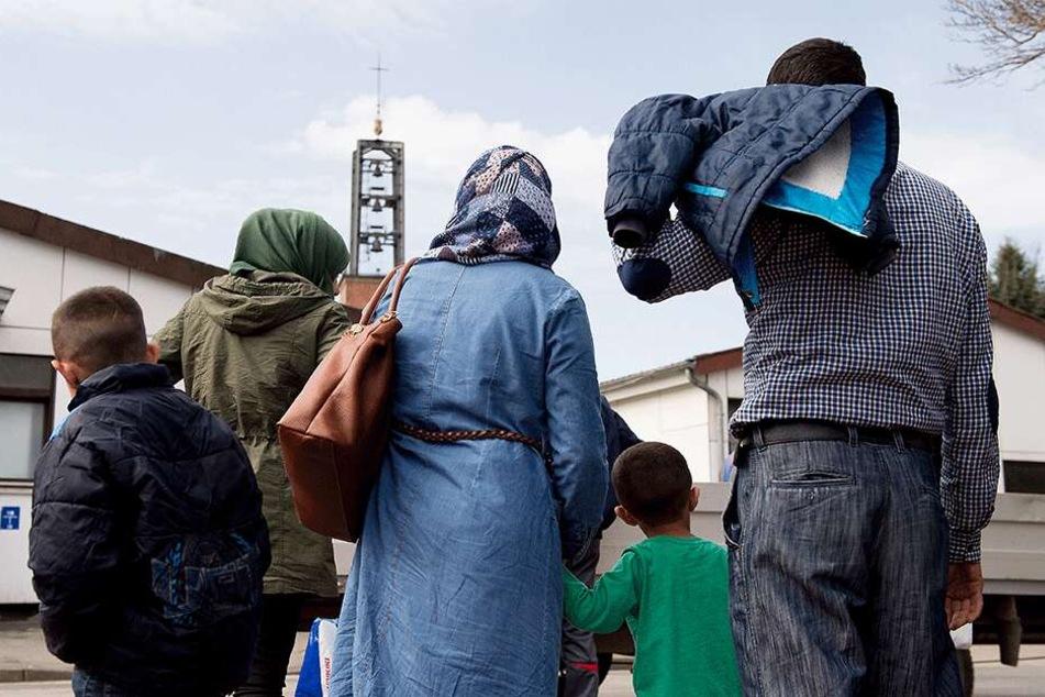 Der Flüchtlingsrat kritisiert: Auch Familien und Kinder können in Dresden inhaftiert werden.
