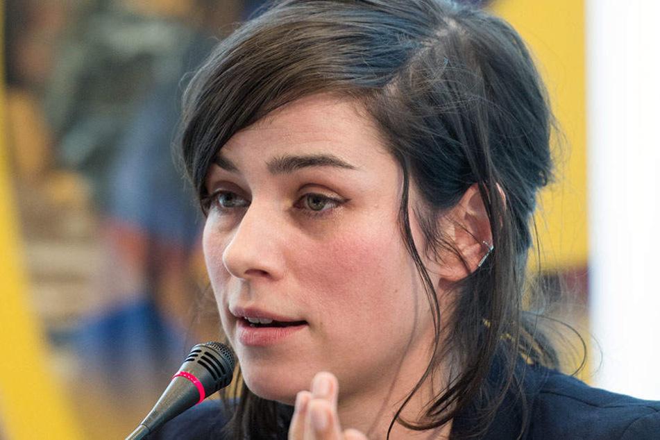 Sagt ihre Meinung: Nora Tschirner rebelliert gegen Schönheitsideale.