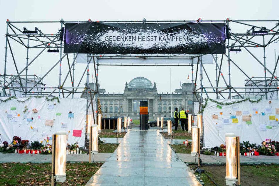Nach massiver Kritik: Zentrum für politische Schönheit entschuldigt sich