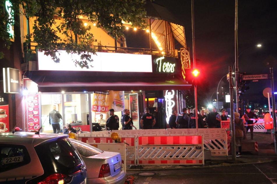 In einer Shishabar in Berlin-Westend ist es am Mittwochabend zu einer Auseinandersetzung gekommen.