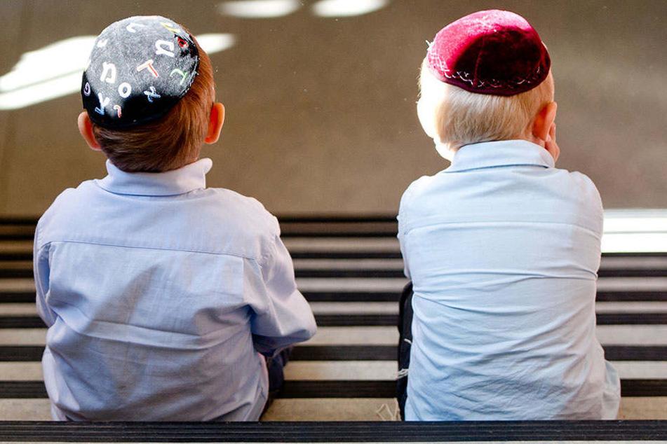Bei Polizei oder Schulamt: Antisemitismus an Schulen muss künftig ...