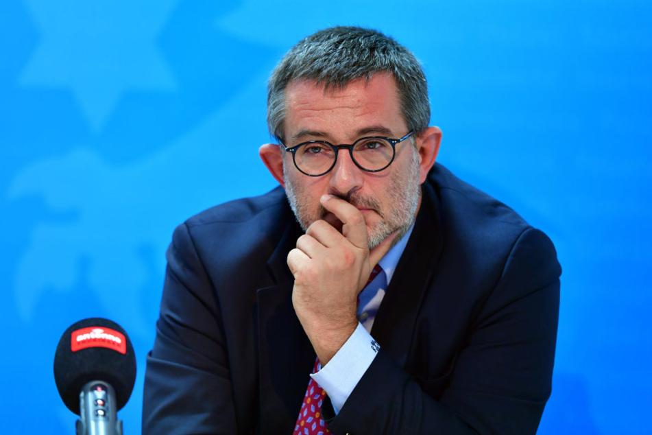 Thüringens-Verfassungsschutzchef Stephan Kramer sieht Versäumnisse bei der Aufklärungsarbeit zum NSU.