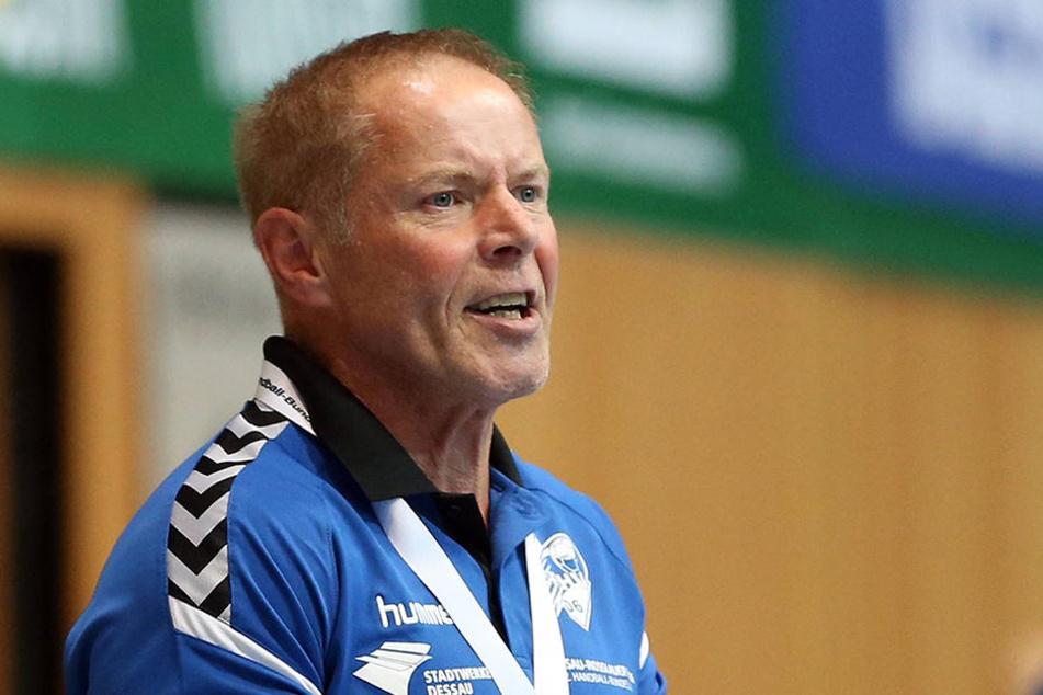 Er trifft auf seinen Lehrmeister Uwe Jungandreas.