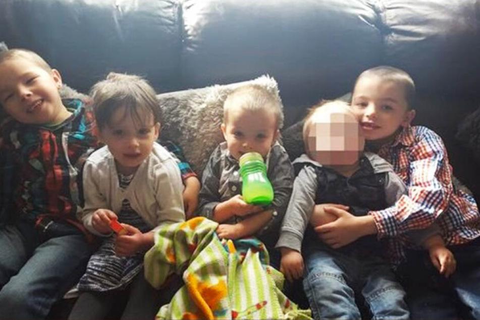 Vier Kinder starben bei dem verheerenden Hausbrand. Nur der kleine Jack überlebte.