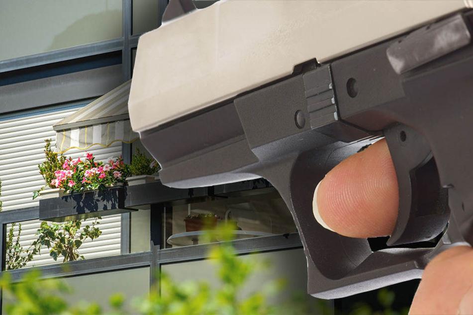 Mit einer Schreckschusspistole hat ein Betrunkener von seinem Balkon aus geschossen. (Symbolbild)