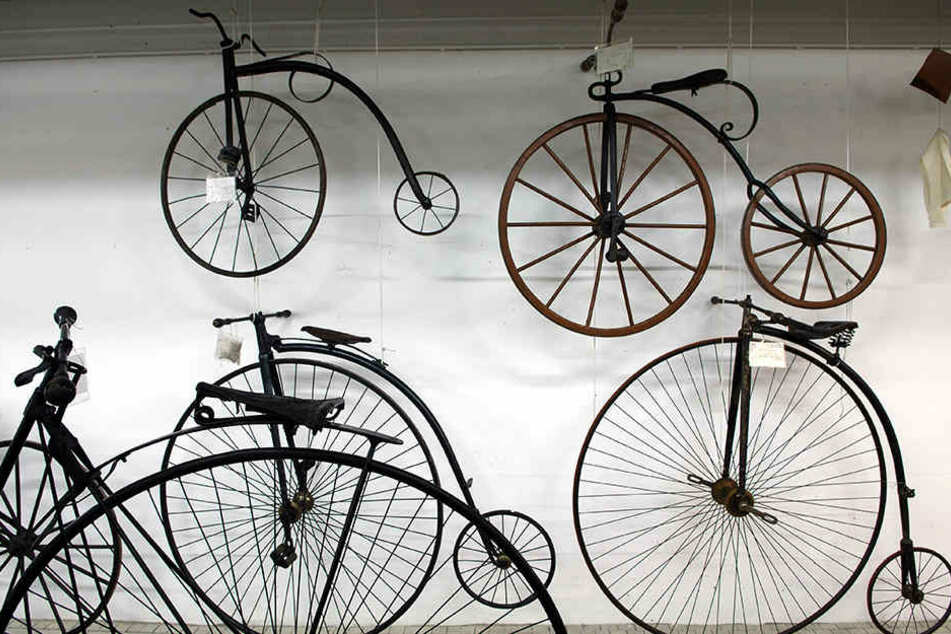 Diebe haben historische Räder geklaut. (Symbolbild)