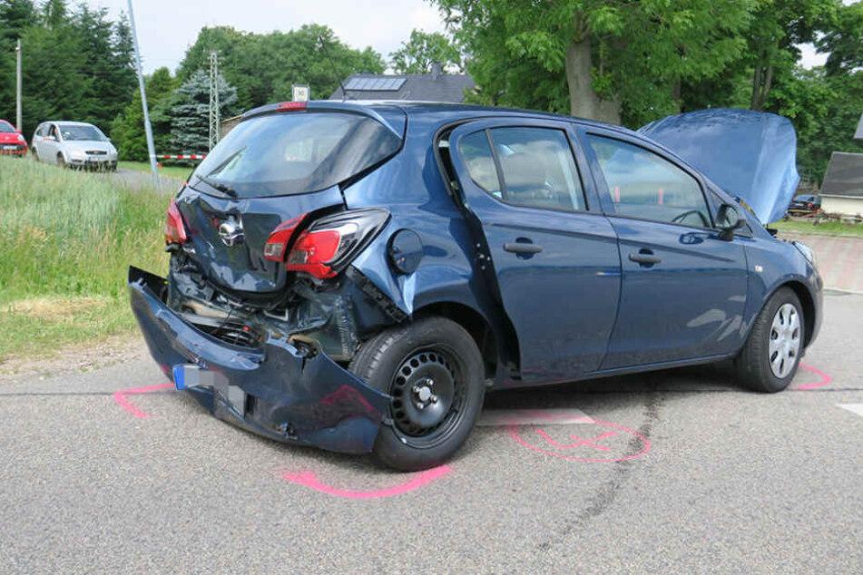 Fünf Autos waren am Montag in einem Massencrash involviert.