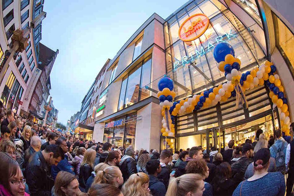 Das LOOM ist eröffnet! Riesen-Ansturm auf neue Shopping-Mall