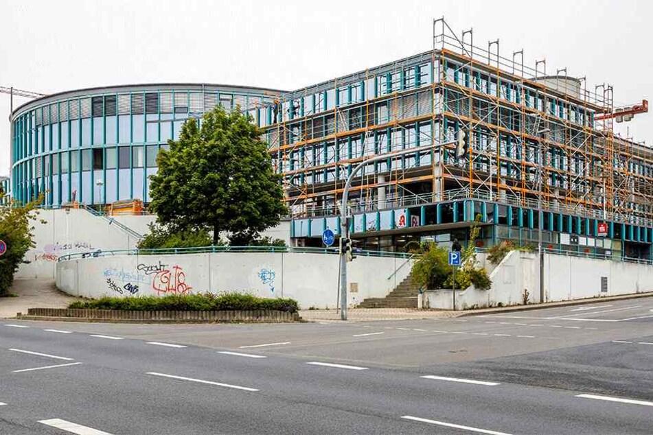 Und so sieht momentan der Umbau des Gorbitz Centers aus.