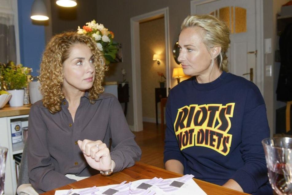Am Tag ihrer Hochzeit konfrontiert Maren Nina mit ihrer Unsicherheit.