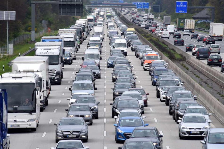 Der Zwischenfall ereignete sich auf der Autobahn 5 auf Höhe des Frankfurter Westkreuzes (Symbolbild).