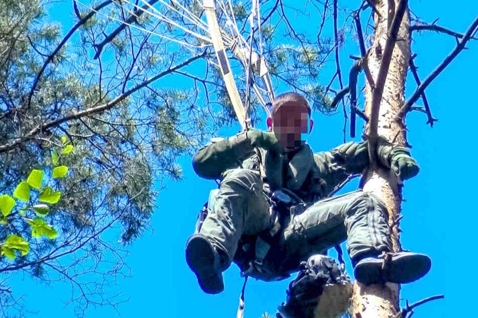 """Tödlicher """"Eurofighter""""-Absturz: Hier hängt ein Pilot im Baum!"""
