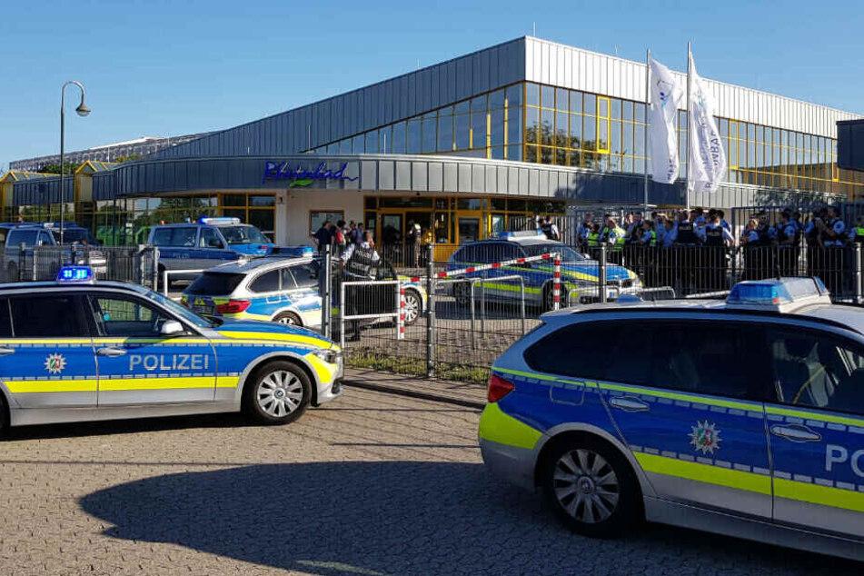 Sowohl am Samstag als auch am Sonntag musste die Polizei im Düsseldorfer Rheinbad Streitereien schlichten.