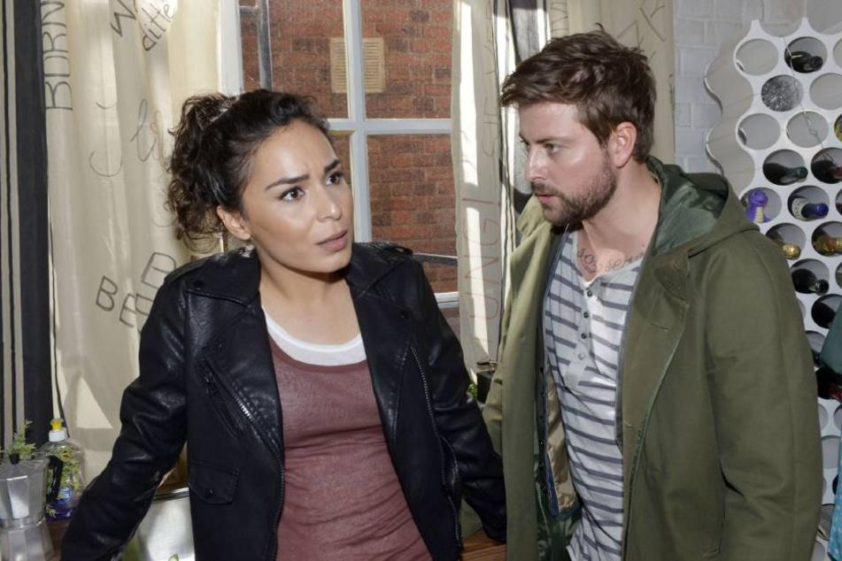 """Shirin wird bei """"Gute Zeiten, schlechte Zeiten"""" von ihrer Vergangenheit eingeholt. Kann John ihr dieses Geheimnis verzeihen?"""