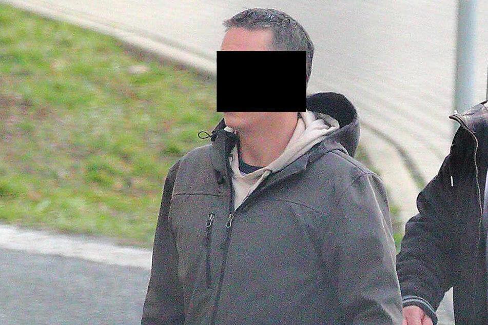 """Stadtfest-Trunkenbold bepöbelte die Polizei mit """"Heil Hitler"""""""