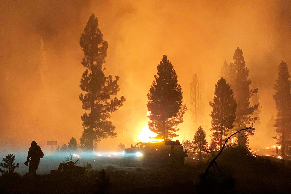 An der US-Westküste kommt es derzeit zu Waldbränden. Die Rauchwolken seien sogar an der Ostküste zu sehen.