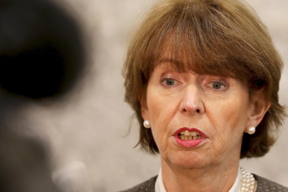 Kölns Oberbürgermeisterin Henriette Reker ist in Quarantäne.