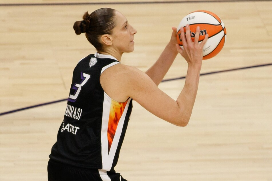 Mercury guard Diana Taurasi scored 20 points in her team's win over the Sky in game two.
