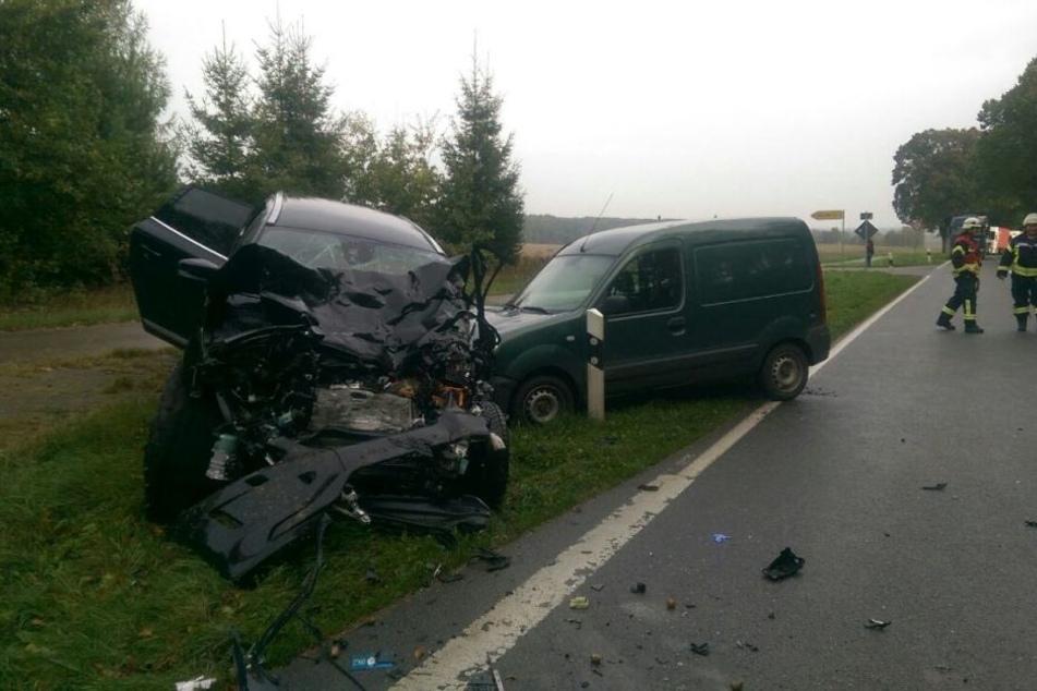 Der Volvo-Fahrer (77) war in den Gegenverkehr gefahren.