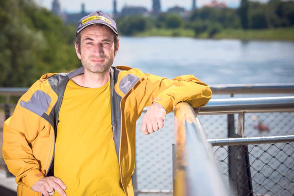 """Der Mit-Initiator von""""Mission Lifeline"""": AlexSteier (40) aus Dresden."""