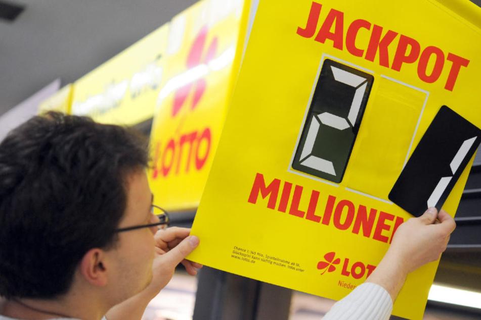 Kurz vor dem Ruhestand räumte ein Leipziger beim Lottospielen noch einmal so richtig ab. (Symbolbild)