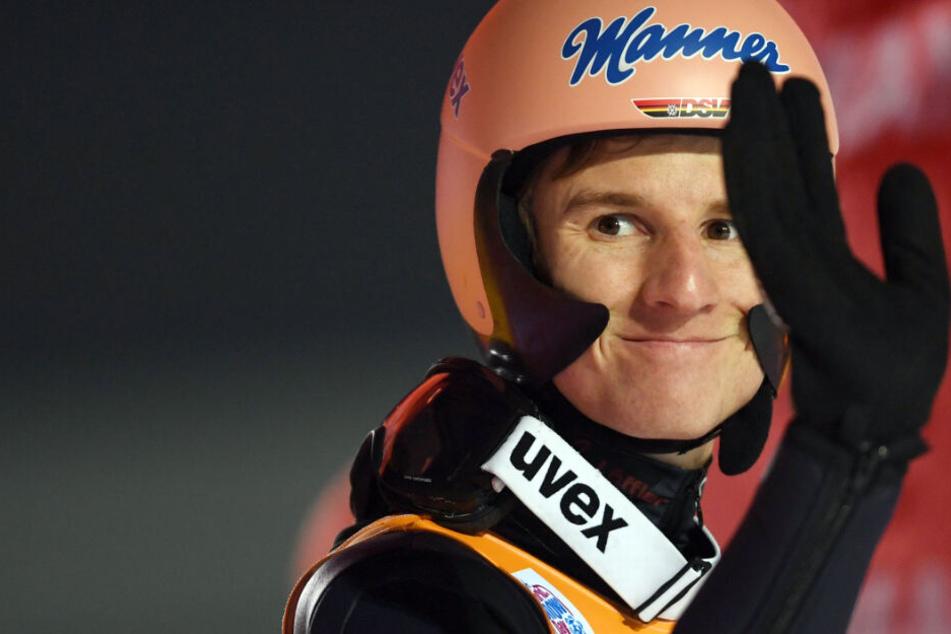 Skispringen in Titisee-Neustadt: Geiger verteidigt Gelbes Trikot bei Heim-Weltcup