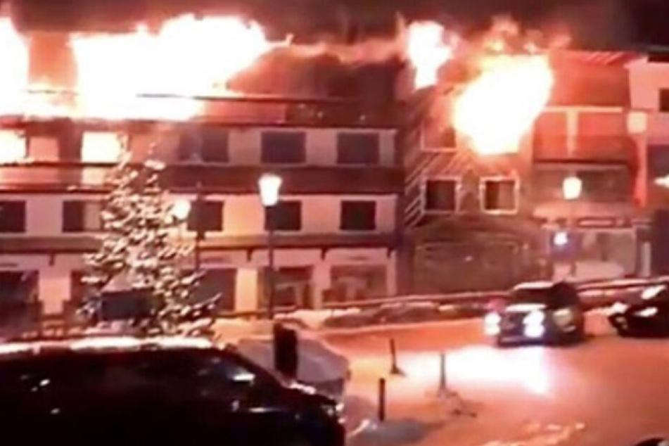 Das Feuer brach aus bisher unbekannter Ursache aus.