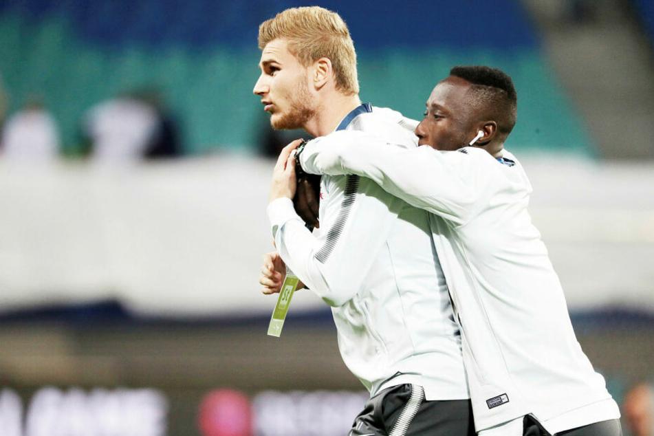 Von 2016 bis 2018 kickten Timo Werner (l.) und Naby Keita zusammen bei RB Leipzig. Jetzt will der Guineer seinen Kumpel zu sich nach Liverpool locken.