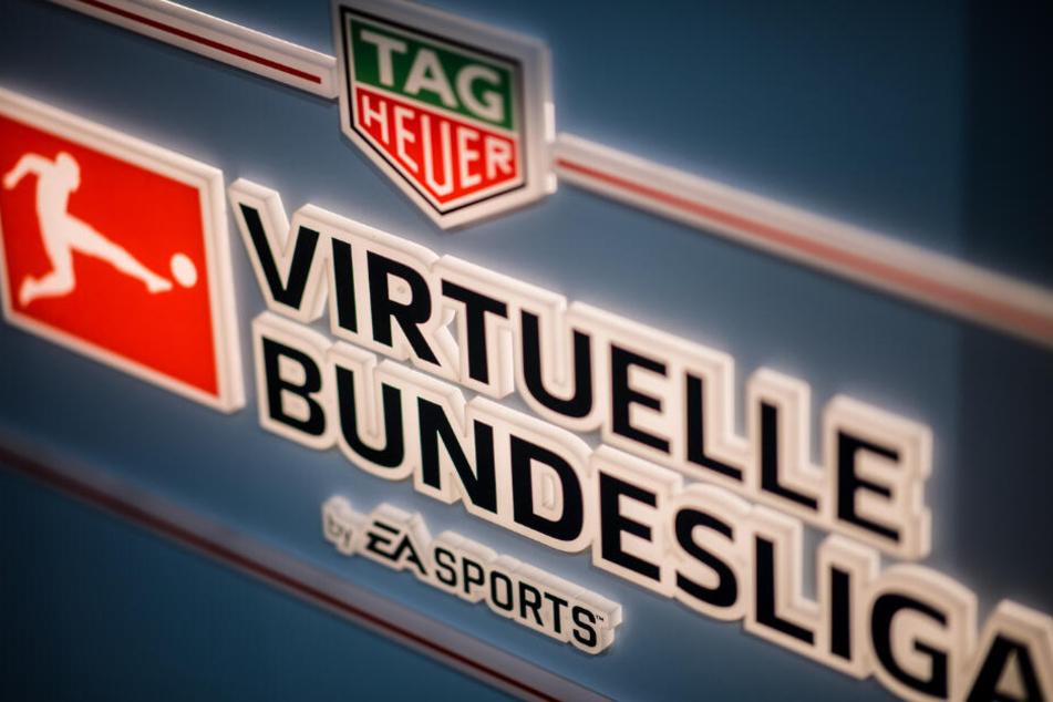 In der Virtuellen Bundesliga treten 22 Erst- und Zweitligisten der Fußball-Bundesliga an und kämpfen um die Deutsche Meisterschaft im eFootball.