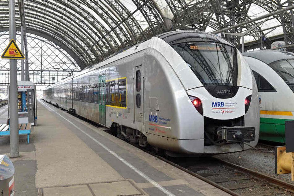 Ein MRB-Zug der Strecke Dresden-Zwickau im Dresdner Hauptbahnhof. (Symbolbild)
