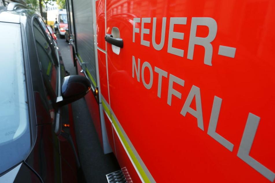Mehrere Feuerwehren waren im Einsatz (Symbolbild).