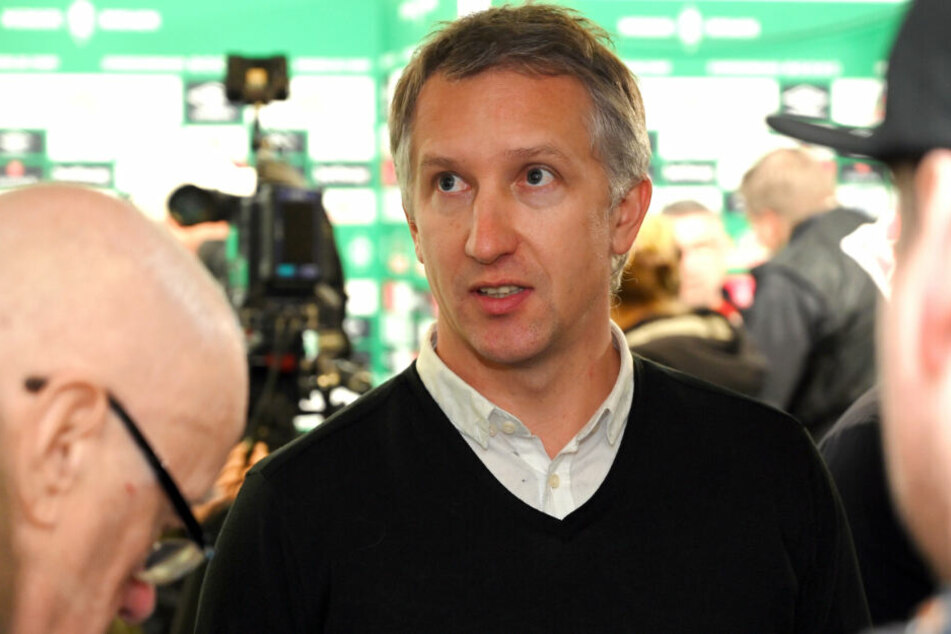 Der sonst so besonnene Werder-Sportgeschäftsführer Frank Baumann sprach die vielen Probleme des SVW offen und spürbar angefressen an.