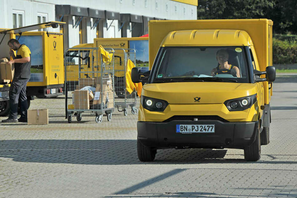 Jetzt summen 17 E-Transporter der Post durch Südwestsachsen. Ende 2016 sollen  bereits 100 im Freistaat fahren.