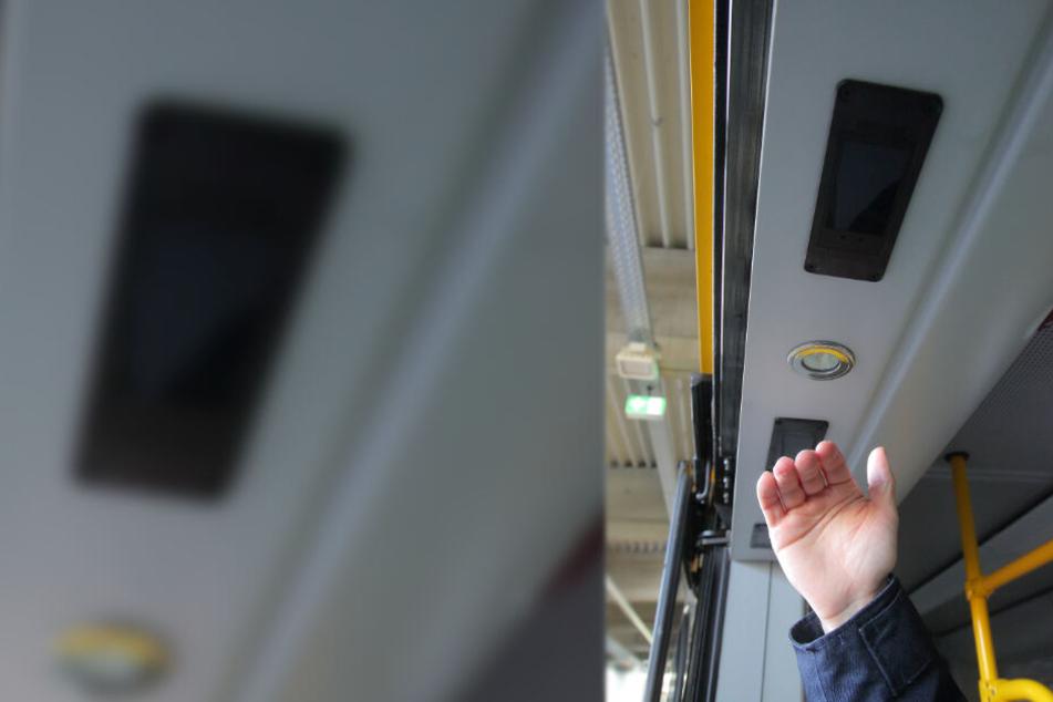 Sensoren an der Tür zählen die Fahrgäste.
