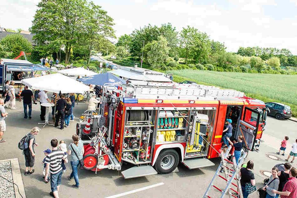 Zahlreiche Besucher kamen zur Feuerwehr Bielefeld-Altenhagen.