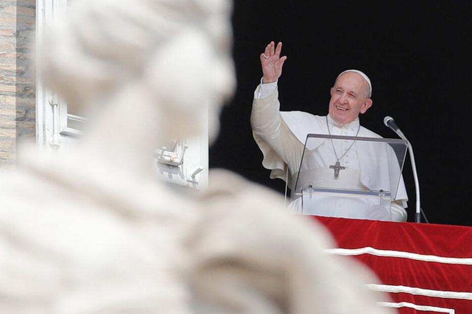 Um Himmels Willen: Papst Franziskus bleibt im Aufzug stecken