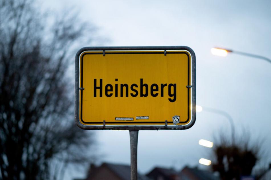 Der 20-Jährige steckte sich beim Karneval in Heinsberg an.