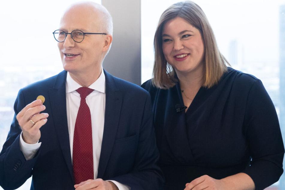 SPD und Grüne regieren gemeinsam in Hamburg. Dabei scheinen sich Peter Tschentscher (links) und Katharina Fegebank gut zu verstehen. (Archivbild)