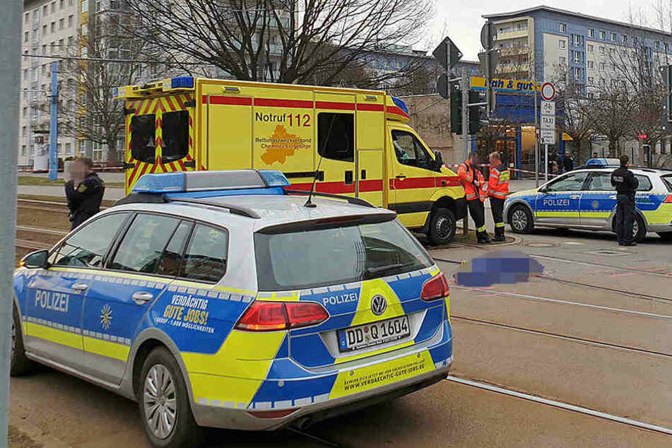 An der Bretgasse starb eine Fußgängerin (72) nach einem Zusammenstoß mit einem Laster.